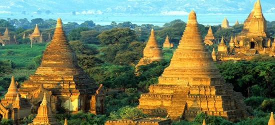 Stupas e Payas, Bagan, Myanmar