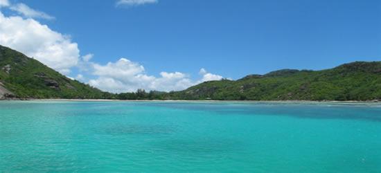 I colori verdi delle isole Seychelles