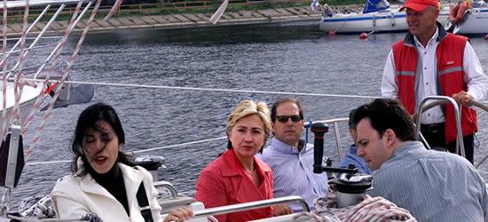 Hillary Clinton sulla Carta, Estate 2004