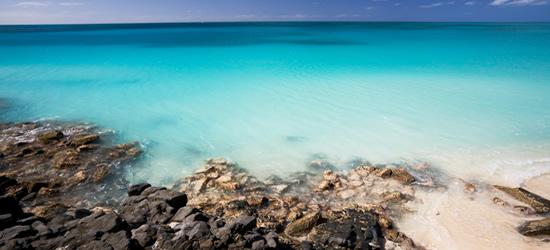 Le acque azzurre di Antigua