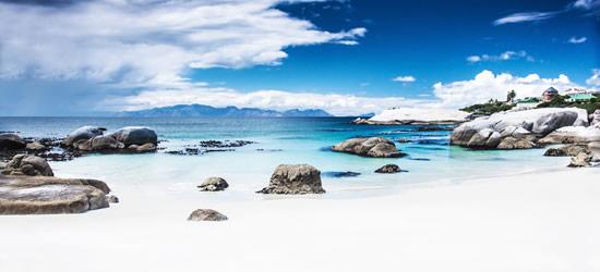 Bella spiaggia vicino a Cape Town