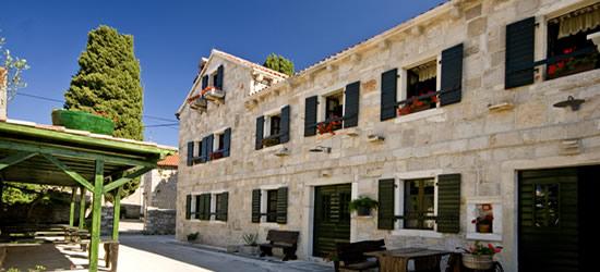 Il centro storico di Sukosan, Croazia