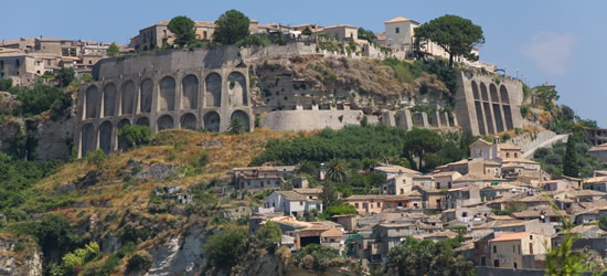 Gerace un piccolo villaggio molto vicino a Reggio Calabria
