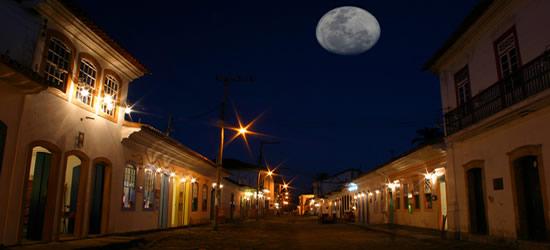 Il centro storico di Parati