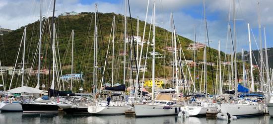 Yacht al Nanny Cay, Tortola, BVI