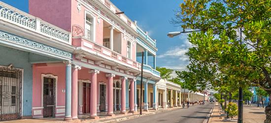 Pastello colorate Edifici, Cienfuegos