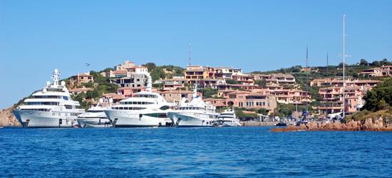 Mega Yachts della Sardegna